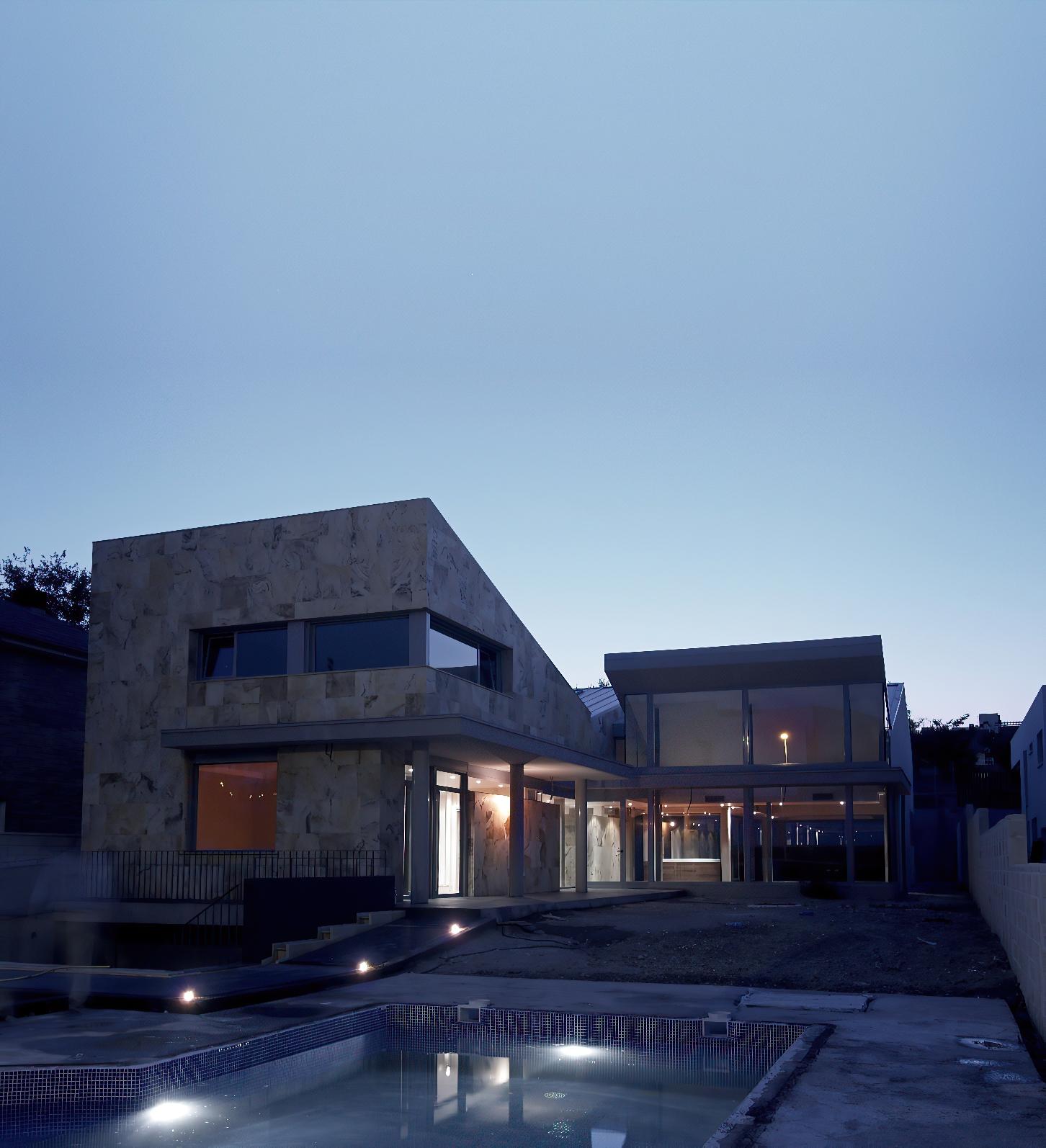 Casa de Valdemoro AtGestion Estudio de Arquitectura e interiorismo Madrid Perfect Pixel Publicidad-In-scale-1_00x